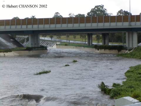 Hydraulics of Minimum Energ Loss (MEL) culverts and bridge waterways